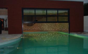 Betegeling muur zwembad